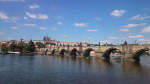 La Repubblica Ceca accusa la Russia di terrorismo ed espelle funzionari dell'ambasciata