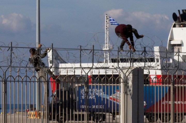 Dai porti adriatici continuano i respingimenti e le riammissioni