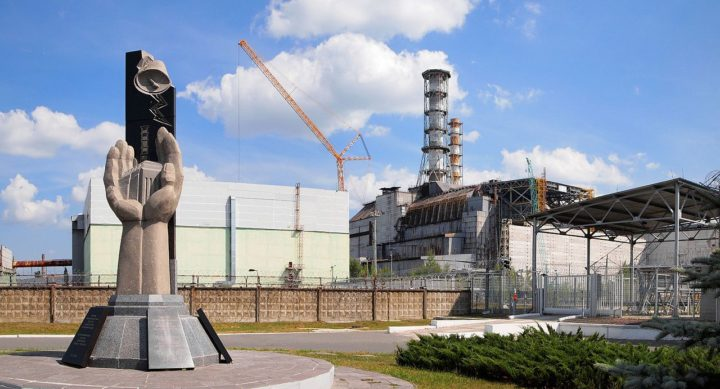 Chernobyl alert and the doomsday clock