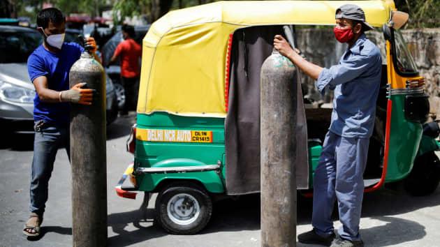 """Sosteniamo i """"Peace Volunteers"""" attualmente impegnati in India, in questa drammatica svolta Covid-19"""