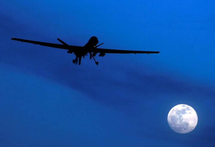 Mettete a terra i droni!