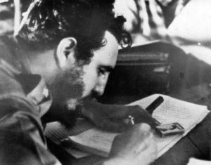 17 maggio 1959 – Fidel Castro firma la Riforma Agraria, la prima legge della Rivoluzione Cubana