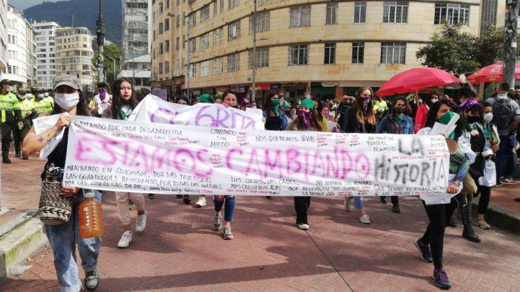 Colombia: Quizás marcharemos toda la vida