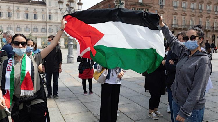 (R)ESISTIAMO – TORINO #GazaUnderAttack