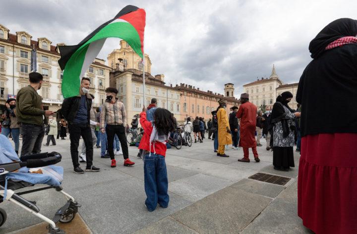 (R)Esistere – 73 anni dalla Nakba: manifestazione per la Palestina a Torino