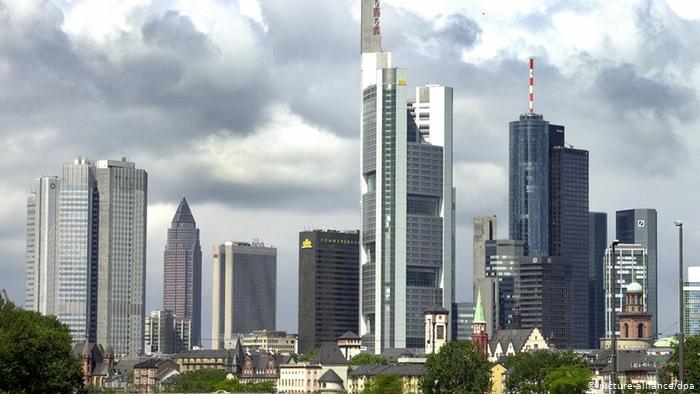 Γερμανία: δικαστικό χαστούκι στις τράπεζες για τους όρους συναλλαγής