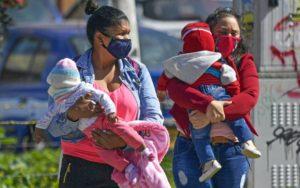 Ser madre en Latinoamérica, más allá del romanticismo y los estereotipos