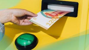 Der erste Geldautomat, der Grundeinkommen auszahlt