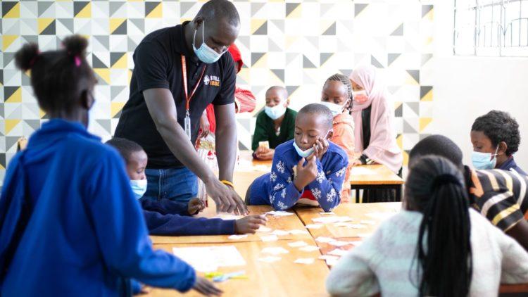 Kenia: IB-Diplom für Geflüchtete und anderweitig schutzbedürftige Minderjährige