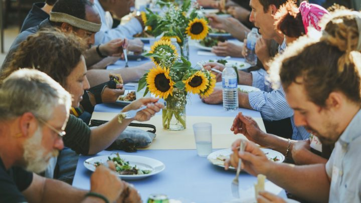 People in LA Are Feeding Each Other the Food That Would Be Wasted