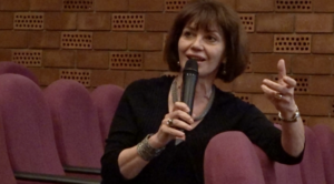 Χ. Κουλούρη: ανησυχητική η αναπαραγωγή στερεοτύπων για το τι σημαίνει να είσαι γυναίκα