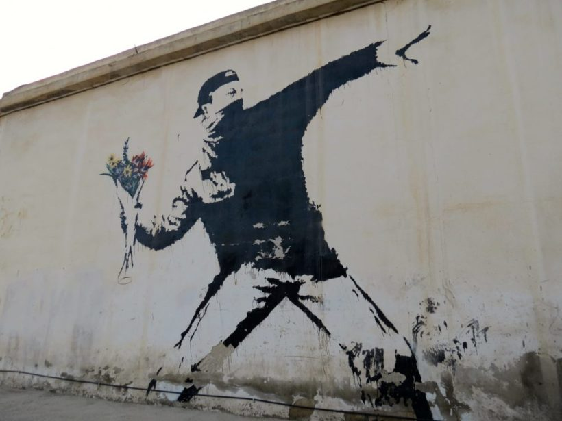 Image de Flower Thrower por Banksy