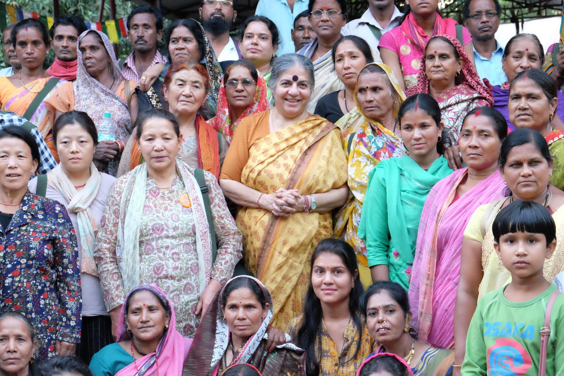 """Neues Buch von Vandana Shiva: """"Eine Erde für alle! - Einssein versus das 1%"""""""