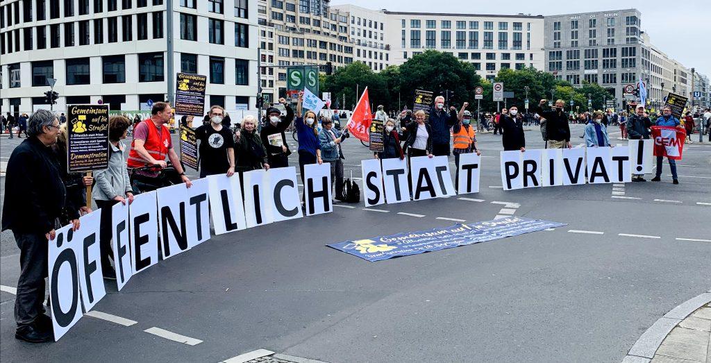 Gemeinsam auf die Straße: Öffentlich statt privat