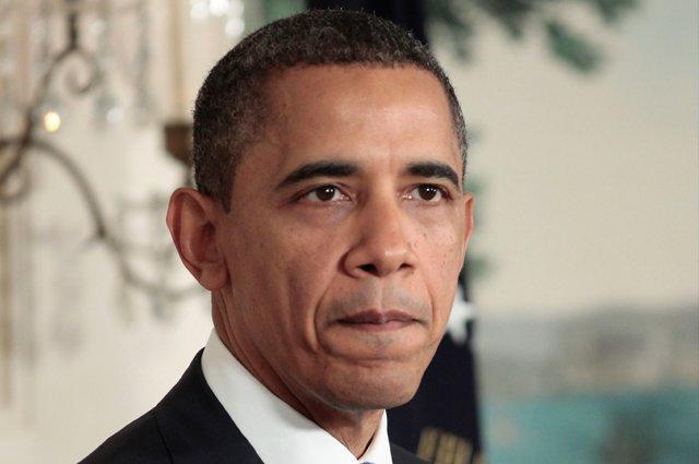 Obama continúa su maratón en Tampa y vota por adelantado en Chicago
