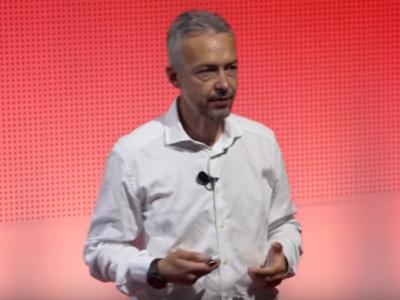 Ο Emanuele Capobianco μιλά στα TEDx Γενεύης.