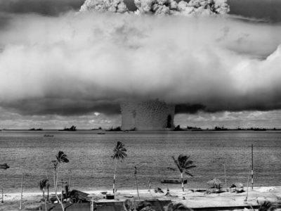 Les différents essais nucléaires effectués par les grandes puissances ont causé beaucoup de dégâts.