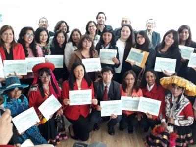 Aller vers la paix et la non-violence dans les écoles est un objectif pour les enseignant(e)s au Pérou