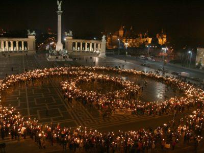 Nonviolence symbol Budapest